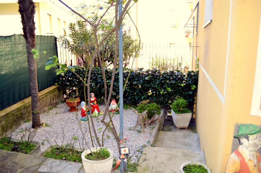 Rif 3002 recco centrale appartamento di 100 mq con for Giardino 100 mq