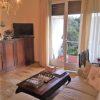 Rif. 4046 - Rapallo - A pochi passi dalla passeggiata a mare - Comodo a tutto - in contesto signorile - Appartamento bilocale ampio di 60 mq - Possibilità seconda cameretta - Scorcio mare